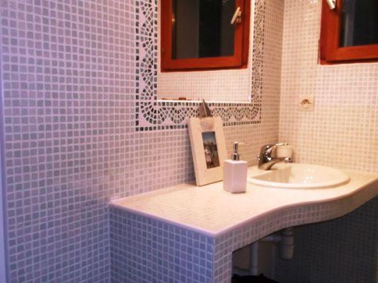pose meubles salle de bains plan de vasque artisan cr ation installation salle de bain. Black Bedroom Furniture Sets. Home Design Ideas