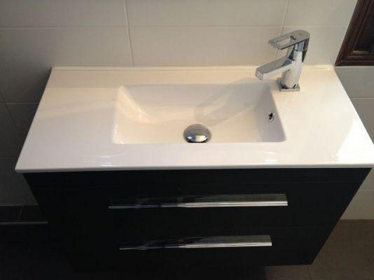 installation pose bacs parois de douche pose r novation douches l 39 italienne bacs. Black Bedroom Furniture Sets. Home Design Ideas