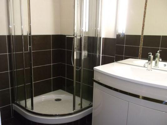 travaux de r novation salle de bain vif travaux de r novation salle de bain varces travaux. Black Bedroom Furniture Sets. Home Design Ideas